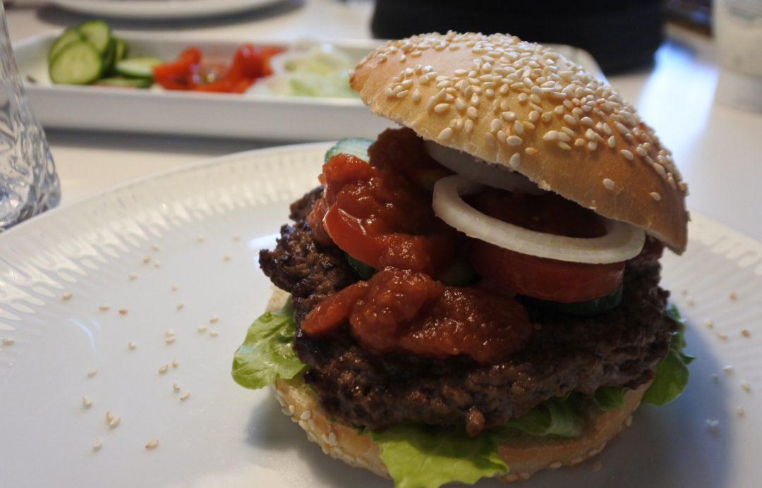 Burger med lakridsketchup
