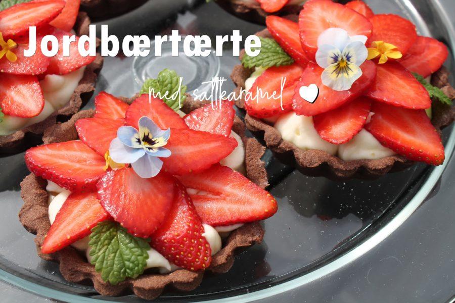 Jordbærtærter med saltkaramel
