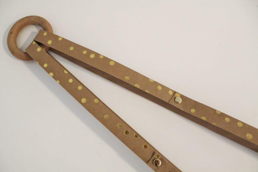 Magasinholder i læderpapir