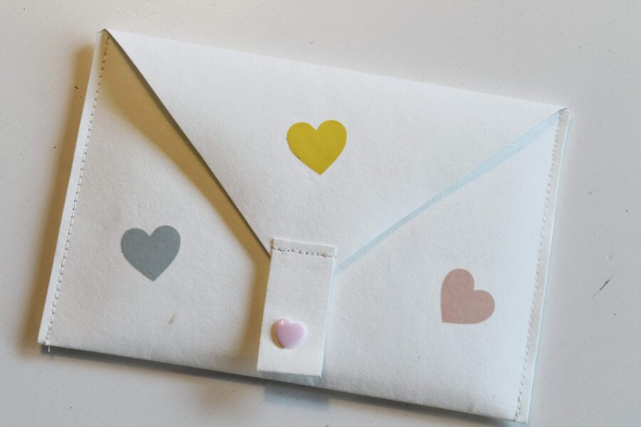 DIY Mobiltaske i læderpapir